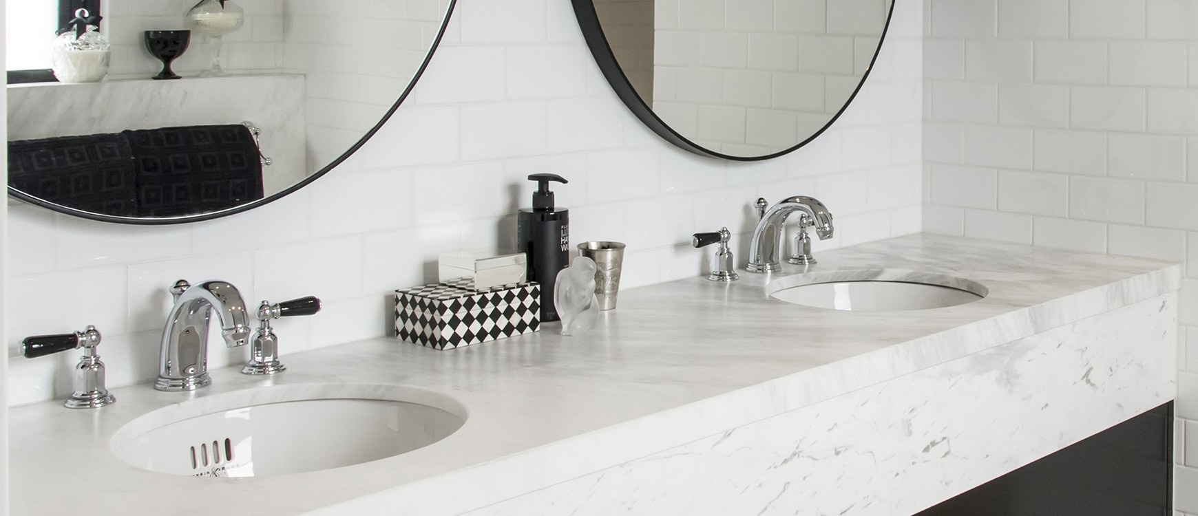 Black & White Bathrooms | Subway Tiles | Black and White | The ...