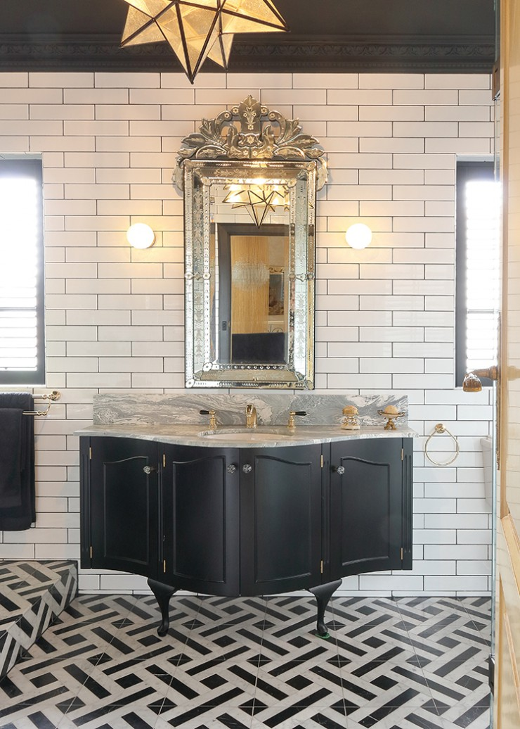 Hollywood Regency Inspired Bathroom Design At Its Best In This Home The English Tapware Company